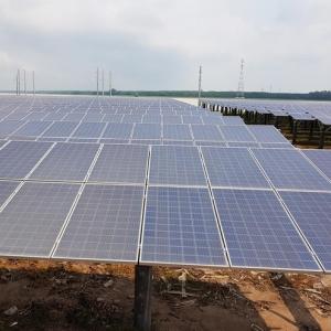 Cận cảnh nhà máy điện mặt trời lớn nhất châu Á trên hồ Dầu Tiếng
